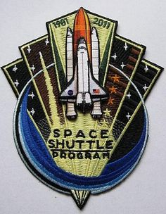Space Shuttle 'End of Program' 1981 - 2011 Patch Nasa Store, Project Gemini, Space Patch, Nasa Patch, Back To The Moon, Space Jewelry, Apollo Missions, Nasa Astronauts, Patch Design