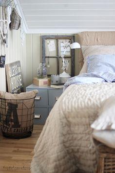 delightful norwegian attic room via beatehemsborg // DIY   Burlap Headboard