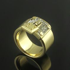 MK lock wider ring 18k gold