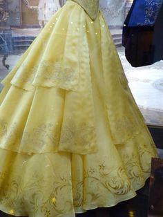 Costumi di di Jacqueline Durran per La bella e la Bestia dettaglio gonna