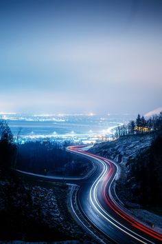 time lapse photography of city lights during night time photo – Free Road Image on Unsplash
