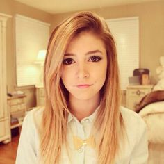 fc: Chrissy Costanza// Hi! I'm Thalia! I'm 18, single and I have a little sister, Taylor! Yes, I am aware she looks older than me but trust me, I am older. I have a youtube channel I sing covers of songs on, so obviously I like singing! music has always been important to me! I can't wait to make friends, so introduce?