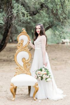 Etheral Bride in Watters Penelope Wedding Dress - Jessica Q Photography http://www.confettidaydreams.com/ethereal-bride/ @Jessica Wong
