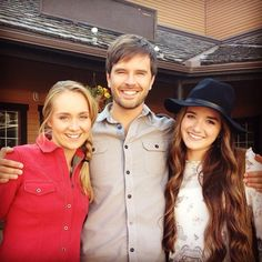 Season 8 Guest Star Stephanie LaRochelle: That's a wrap, folks! Had the most wonderful time. So great working with & :) Heartland Season 8, Amy And Ty Heartland, Heartland Quotes, Heartland Ranch, Heartland Tv Show, Elizabeth Smart, Ty And Amy, Alisha Newton, New Tv Series