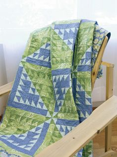 Marine Dream quilt pattern: Kay Gentry's distinctive block creates a delightful diagonal design on this dreamy quilt from Denise Starck.