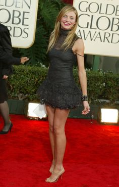 Cameron Diaz Style Evolution: From Style To Future Wedding Dress! Cameron Diaz Style, Divas, Blond, Bollywood, Seductive Women, Red Carpet Gowns, Golden Globe Award, Golden Globes, Red Carpet Fashion