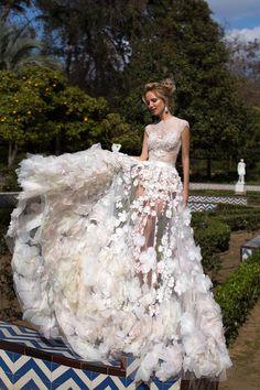 Свадебное платье «Беллароуз» Оксаны Мухи— купить в Москве платье Беллароуз из коллекции «2016»
