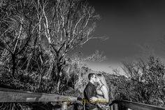 Sessão pré casamento na serra de São Pedro, com um preto e branco e muita emoção.