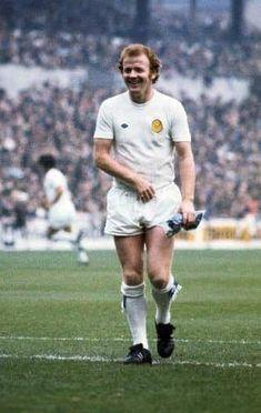 fa52c4b4d4bf Billy Bremner Leeds United 1974 Football Kits, Football Icon, World  Football, Football Players