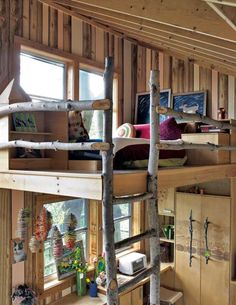 Nice use of natural material in this tiny house.  Would it be durable?