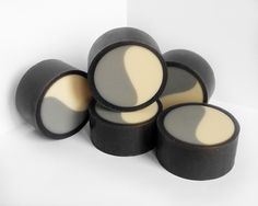 """Unique design to give you soapmaking inspiration - Soap """"Yin-Yang""""."""