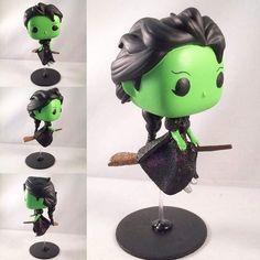 An amazing custom by @mjolnirstudio #wicked #defyinggravity