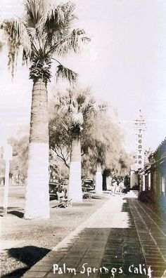 Palm Canyon looking north... naer the Plaza Theater, 1940s.