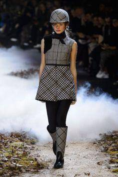Moncler Gamme Rouge | Paris | Inverno 2016 - Vogue | Desfiles