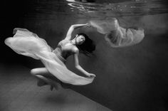Underwater session with Lina II