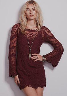 Vestido gasa crochet rojo-vino