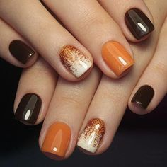 Trendy Manicure Ideas In Fall Nail Colors;Orange Nails; Fall Nai… Trendy Manicure Ideas In Fall Nail Colors;Orange Nails; Fall Gel Nails, Cute Nails For Fall, Fall Acrylic Nails, Gradient Nails, Matte Nails, Holographic Nails, Ombre Nail, Nail Ideas For Fall, Summer Nails