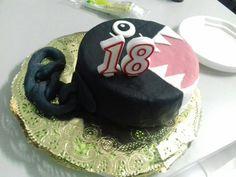 La torta de 18 de mi hijo. El motivo es el Chain Chomp de Super Mario Bross. Con su cadena que le limita la libertad.😀😆