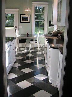 White kitchen floor tiles black and white kitchen flooring your dream home vinyl floor tiles kitchens Küchen Design, Floor Design, Home Design, Layout Design, Design Ideas, Design Model, Plaid Design, Design Inspiration, Graphic Design
