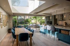 Located in the heart of the popular Abbeville Village area of Clapham, South London, our project to … – Home decoration ideas and garde ideas Kitchen Family Rooms, Living Room Kitchen, Home Decor Kitchen, Kitchen Interior, Open Plan Kitchen Dining Living, Open Plan Kitchen Diner, Large Open Plan Kitchens, Kitchen Design Open, Open Kitchens