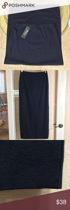 d00af90afd74 NWT 🧚 ♀️Lauren Ralph Lauren🧚 ♀ Navy Maxi Skirt Navy blue