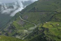 Bajando a los Valles Pasiegos. - Concurso fotográfico #QPaisaje2016   Quesabesde