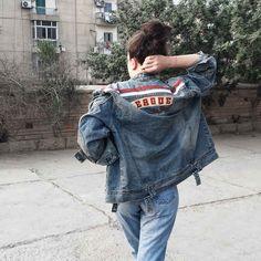 oversized denim jacket   high waisted jeans   street style   denim on denim   vintage denim