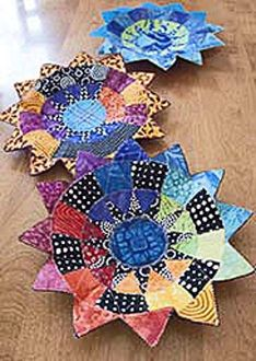 New York Beauty Bowls Pattern by Poor House Quilt Designs at Creative Quilt Kits Quilting Projects, Quilting Designs, Quilting Ideas, New York Beauty, Fabric Bowls, Paper Bowls, House Quilts, Leftover Fabric, Sewing Projects For Beginners