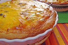 O Barriguinhas: Quiche de Frango e Cogumelos Quiches, Meat Recipes, Muffin, Homemade, Cooking, Breakfast, Food, Chicken Quiche, Cook