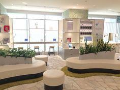 渋谷ヒカリエ Beauty Pedia(ビューティーペディア)レストスペース Sofa Bench, Rest, Space, Furniture, Home Decor, Floor Space, Decoration Home, Room Decor, Home Furnishings