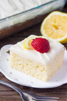 This lemon cake with lemon cream cheese frostinghas a soft cake crumb and delicious lemon flavor. The cream cheese frosting is smooth & creamy for the perfect pairing. I absolutely love lemon desserts. Lemon tastes bright & sunshine-y. And I think the slight tang is so delicious in cakes & cupcakes. So today I'm sharing [...]