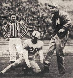Ed Weir's extra point in 1950 spring game