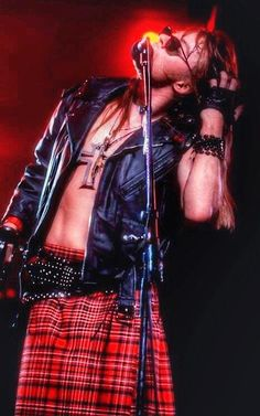 Axl Rose of Guns N' Roses, early '90s - #axlrose #gnr #gunsnrosesreunion #UseYourillusionWorldtour