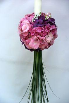 Lale Arts / lumanare botez, hortensie roz, hortensie mov Pots, Baptism Candle, Baptism Ideas, Candels, Corsage, Nasa, Floral Arrangements, Glass Vase, Birthdays