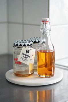 Ta vare på oljen fra soltørkede tomater og lignende til bruk i matlageing - Matildigt