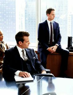 Harvey Specter, Mike Ross, and Jessica Pearson Trajes Harvey Specter, Harvey Specter Suits, Suits Harvey, Serie Suits, Suits Tv Series, Suits Tv Shows, Gabriel Macht, Suits Usa, Mens Suits
