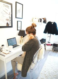 perks of working from home Office Decor, Home Office, Office Spaces, Office Chic, Office Ideas, Preppy Girl, New Room, Sweater Weather, Decoration