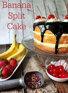 Banana Split Cake! Easy to make, delicious and a real showstopper! #dessert #bananasplit