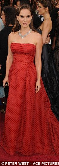 Natalie Portman at the Oscars in Christian Dior, 1954