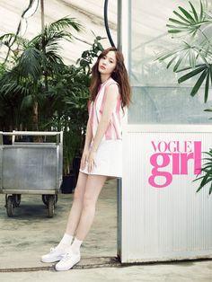 f(x) Krystal - Vogue Girl Magazine May Issue '15