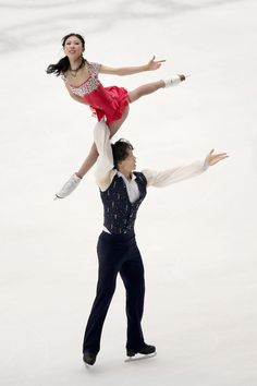 Qing Pang and Jian Tong of China  Pairs Free Skating  Cup of China, Pairs costume inspiration for Sk8 Gr8 Designs