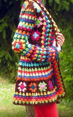 crochet granny jacket- Do this in one color in different shades Gilet Crochet, Crochet Coat, Crochet Jacket, Crochet Cardigan, Crochet Granny, Crochet Shawl, Knitting Projects, Crochet Projects, Crochet Mandela