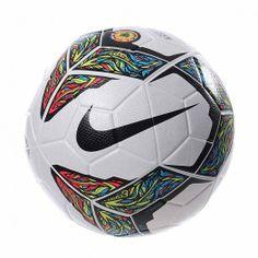 Vive la pasión del fútbol y estrena el Balón ORDEM Oficial CSF. El balón de fútbol Nike Ordem cuenta con las ranuras Nike Aerowtrac y una cubierta microtexturizada que proporciona un vuelo perfecto, precisión y control.