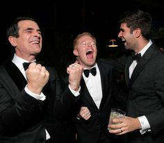 Modern Family star Ty Burrell joined his costar Jesse Tyler Ferguson and his hubby Justin Mikita for a bit of fun at the FOX after party. Br...
