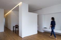 #House #Interiors #Kitchen #Minimal #White #AllWhite #DotPartners  #Viabizzuno #Valencia