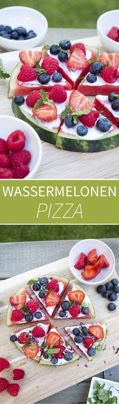 Schnelle und gesunde Wassermelonen-Pizza - ein toller Sommersnack für Kinder - Gaumenfreundin Foodblog #wassermelonenpizza #gesundepizza #kochenfürkinder #rezeptefürkinder #kidfriendly #sommersnack #sommersnacks #sommerrezepte #gesunderezepte #weightwatchersrezepte #weightwatchers