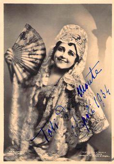 TOTI DAL MONTE, soprano e attrice, nata a Mogliano Veneto nel 1893 e morta a Pieve di Soligo nel 1975