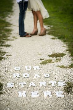 24 Amazing Engagement Photo Ideas ❤ See more: http://www.weddingforward.com/engagement-photo-ideas/ #weddings #engagement