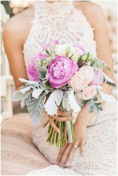 Jen Jinkens PhotosDowntown Phoenix | Urban Spring Wedding | Jen Jinkens Photography. Wedding Day Florals: The Local Stem. Wedding Dress: Suzannes Bridal