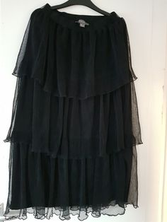 Primark black skirt-size 8